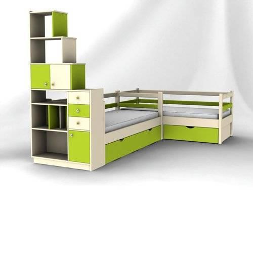 Кровать со стеллажом